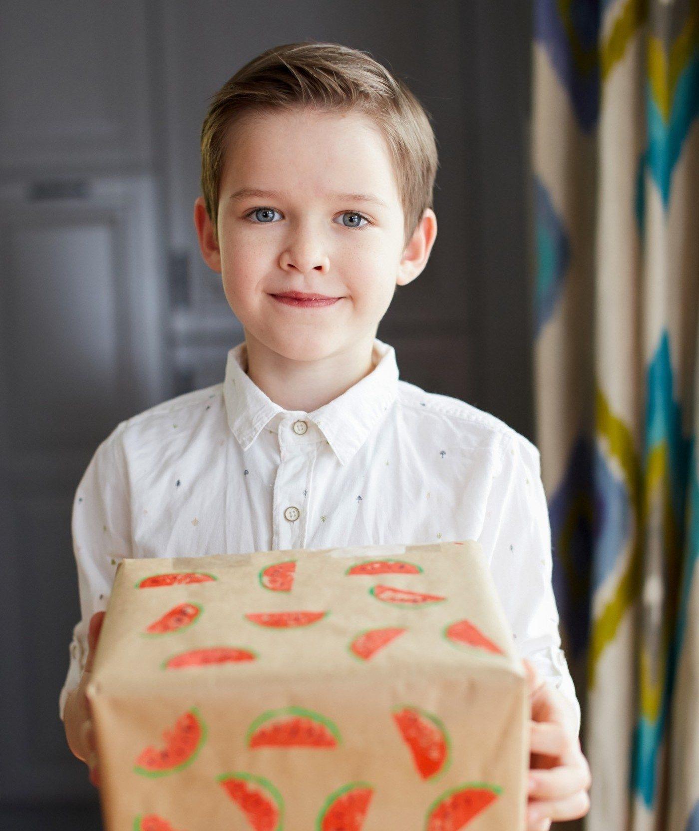 Arbūzai dovana vaikas