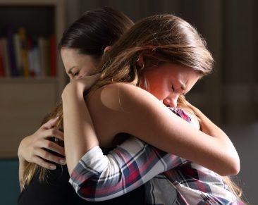 Vienos mamos patirtis: kaip padėti vaiko netektį patyrusiai šeimai